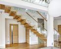 Nowoczesne schody dywanowe ST865 TRĄBCZYŃSKI