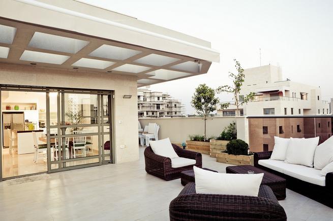 Jakie meble wybrać na balkon? Aranżacja tarasu