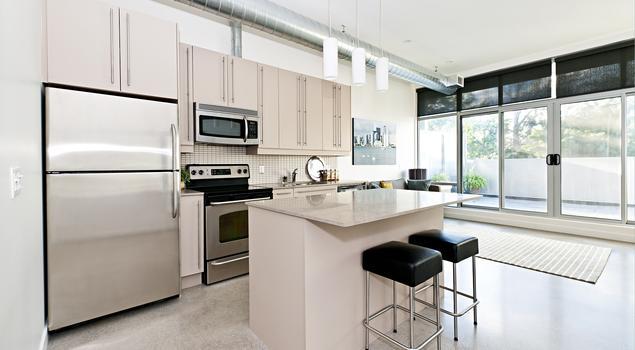 Jak zaprojektowa kuchni nowoczesna kuchnia be owa for Cocinas para apartaestudios